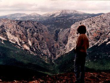 sono utili i manuali d'alpinismo? Il Flumineddu esce dal gigantesco canyon del Gorropu, che taglia il Supramonte