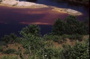 lago rosso solforata pomezia dall'alto