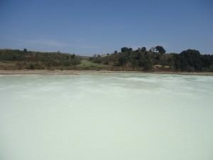 lago bianco della solforata di Pomezia