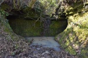 misteriosi cunicoli presso l'acqua forte