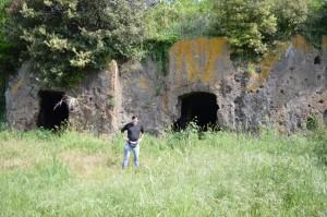 grotte di ignota origine presso l'Arrone
