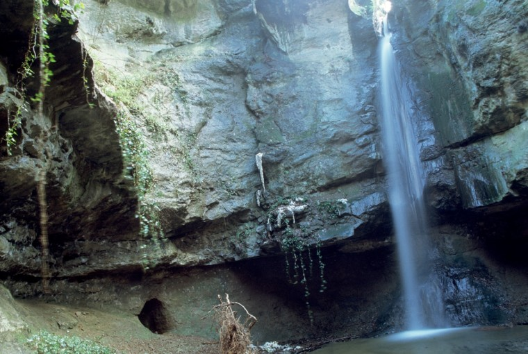 I luoghi segreti più belli la cascata dell'inferno