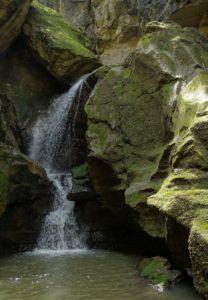 Le tre nuove guide - Il Crèmera - la cascata iniziale