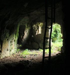 La grotta dell'Arnaro - Escursioni con i bambini a due passi da Roma