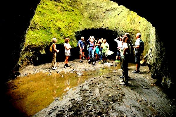 Il social trekking e la valorizzazione del territorio - le gallerie etrusche di Formello