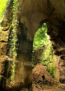 Entrata alle Cave di Grotta Oscura