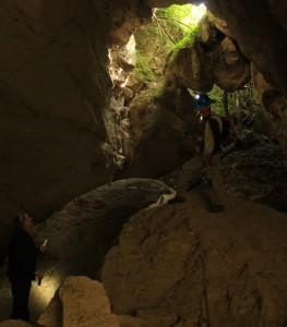 la gigantesca frana alle cave di grotta oscura