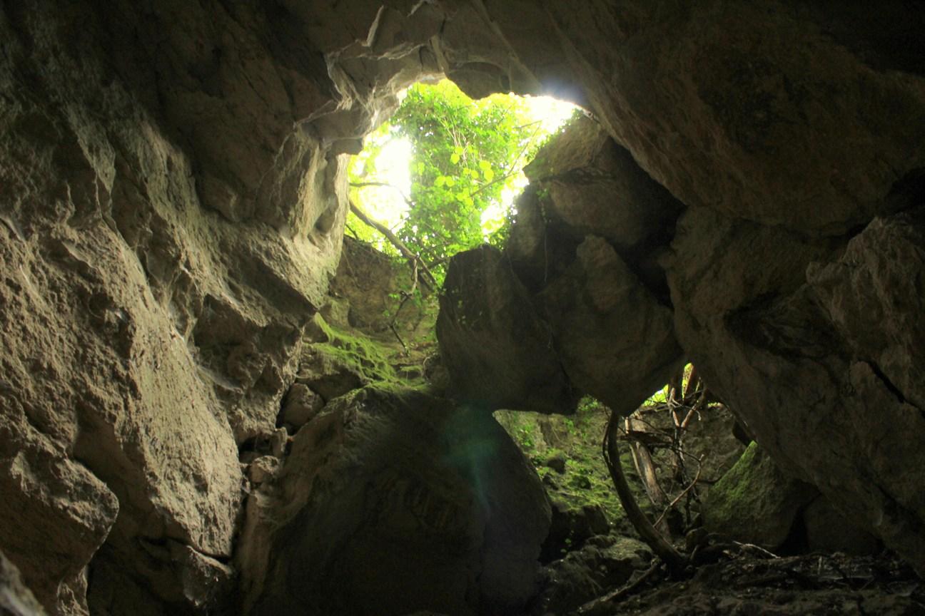 Escursioni vicino Roma - intro al terzo volume dei Luoghi segreti a due passi da Roma - Le Cave di Grotta Oscura