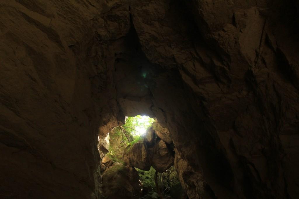 La sala principale delle Cave di Grotta Oscura