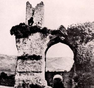 Torre degli Arci in una foto d'epoca
