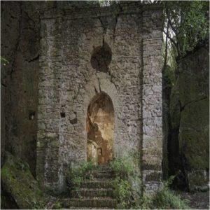 i segreti di Ceri - la chiesa di S. Felice com'era fino a inizio 2016 - foto di R. Maldera