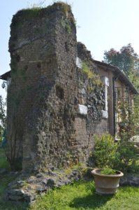 Primo capitolo della terza delle guide ai luoghi segreti vicino Roma - Malborghetto, presso le cave del fosso del Drago 1