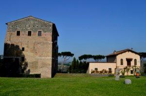 Primo capitolo della terza delle guide ai luoghi segreti vicino Roma - Malborghetto, presso le cave del fosso del Drago 2