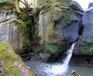 Luoghi segreti e ambasciatori del territorio - cascata e mola presso Rignano Flaminio foto di Matteo Bordini