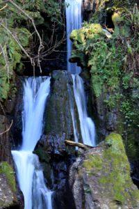 Le dieci cascate di Cerveteri - la cascata che chiude il fosso della Mola a Ceri