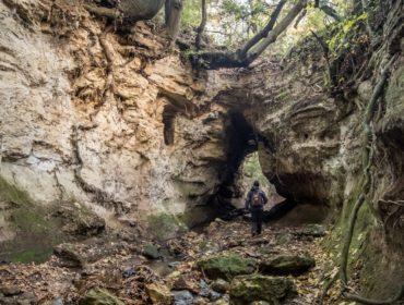 Le nuove Guide ai luoghi segreti - all'ingresso delle tre Fossate - Foto di Milco Graziani