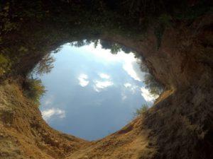 Dolina presso il fosso Rigomero (Vetralla) - foto di Giancarlo Gatti di Tuscia Rupestre
