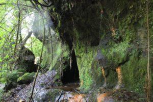 galleria presso la sesta cascata di Castel Giuliano