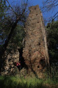 la torre presso le Cave di Riano