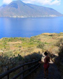 luoghi segreti e politica: lungo il sentiero fra Quattropani e S. Calogero