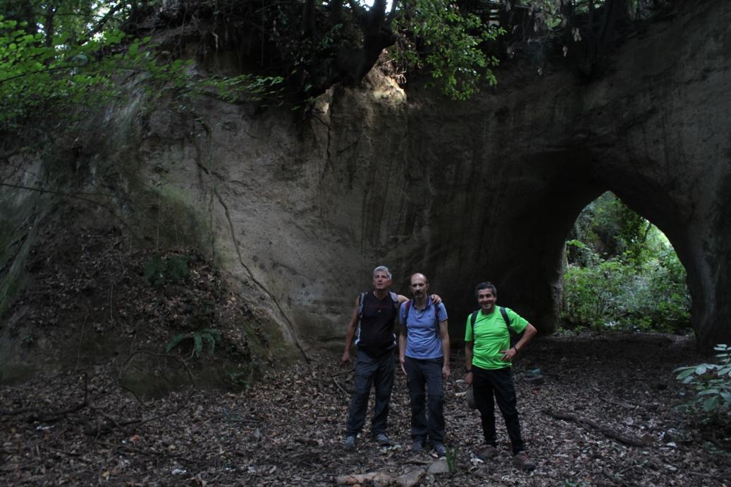 nella forra di Ponte Sodino - fra le gallerie etrusche