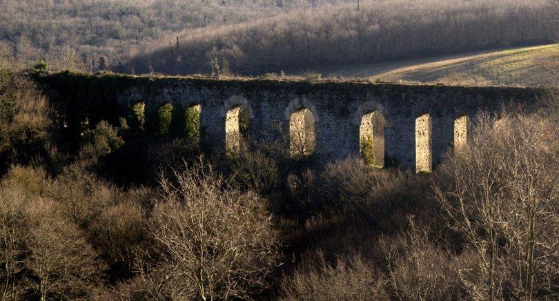 gli archi di Boccalupo presso la via Clodia