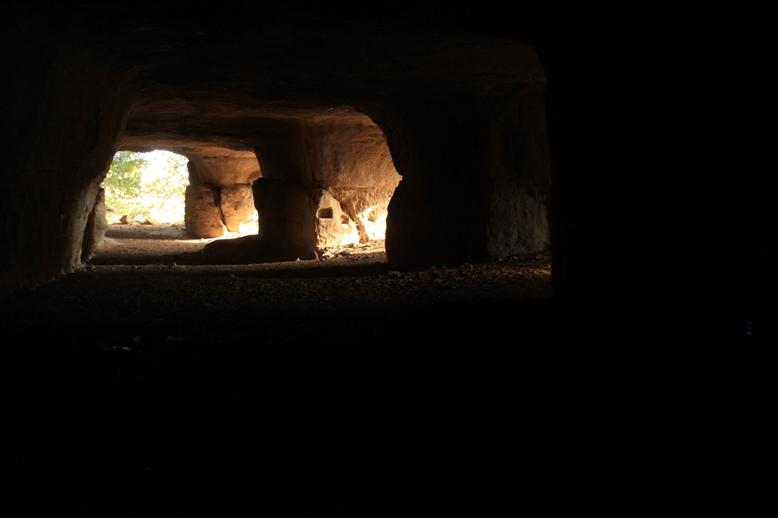 all'interno delle cave di Castelnuovo di Porto