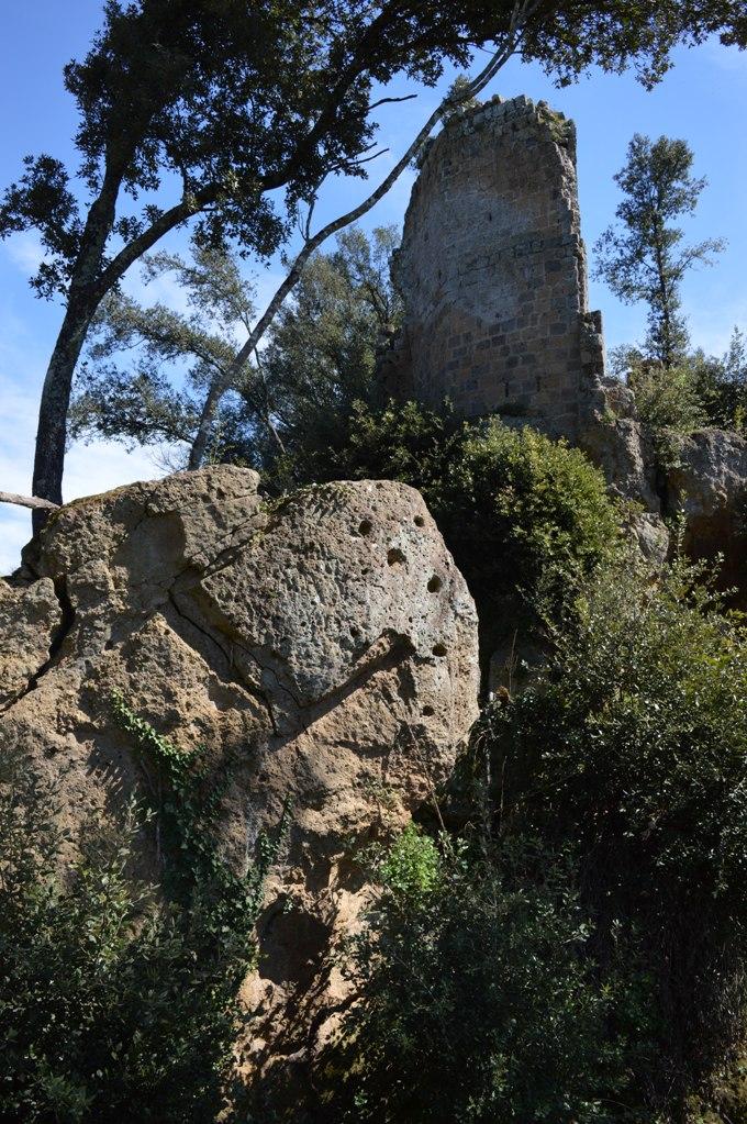 Luoghi segreti e Medioevo - l'insediamento di FIlissano (Mazzano Romano)