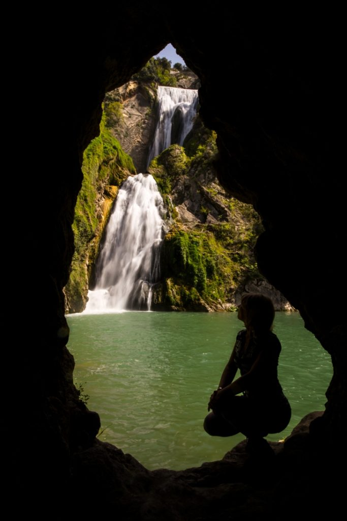 cascata dell'Aniene vista dal basso - di g.giuliani - luoghi segreti e aziende
