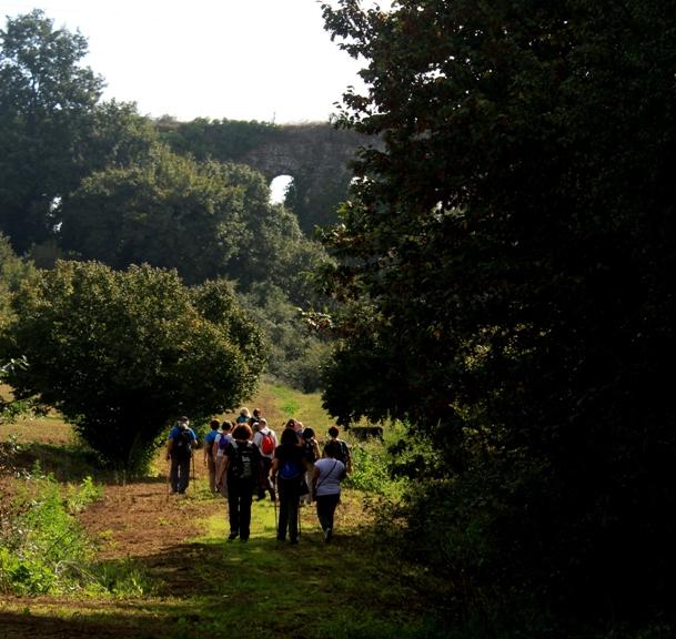 gli archi di Boccalupo a Manziana - non distanti dalla Clodia - scoprendo la via Clodia