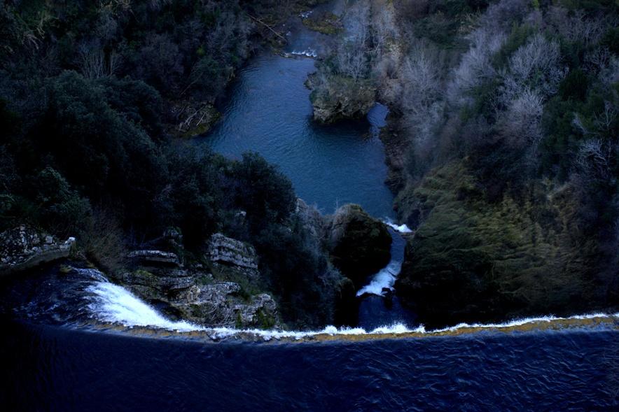 la cascata dell'Aniene dall'alto