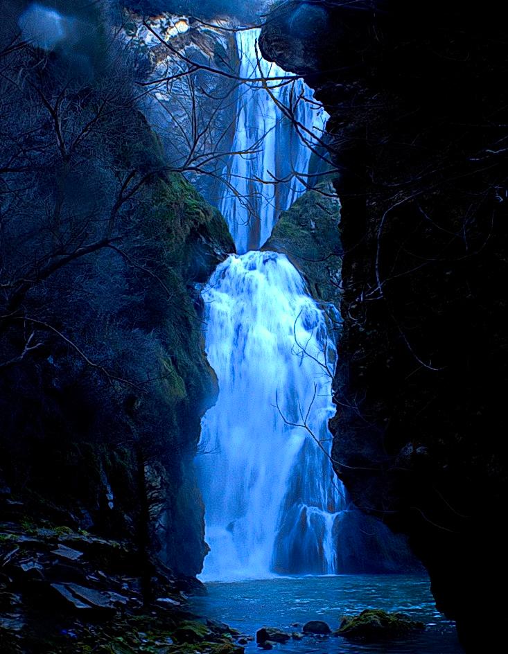 cascata dell'Aniene dal basso