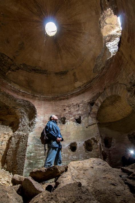 luoghi segreti e fotografia - ipogeo a Guidonia - foto di Stefano De Francesco