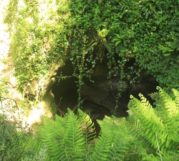 l'uscita della galleria lungo il fosso di Ponte Terra