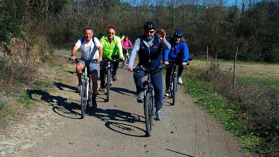 Luoghi segreti e guide ambientali escursionistiche - c'è anche la bici