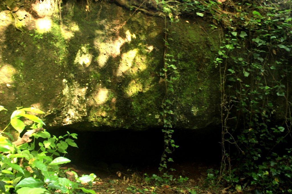grotta presso la Torre della Cecchignola