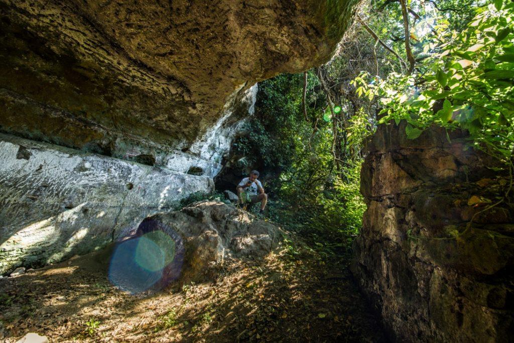nella grotta degli Angeli a Magliano. Foto di Giulio Giuliani.