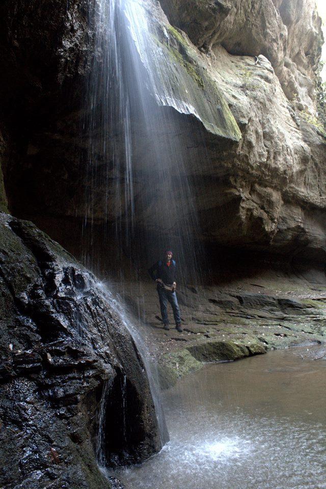 Acqua trekking nei dintorni di Roma lungo il Crèmera - la cascata dell'Inferno