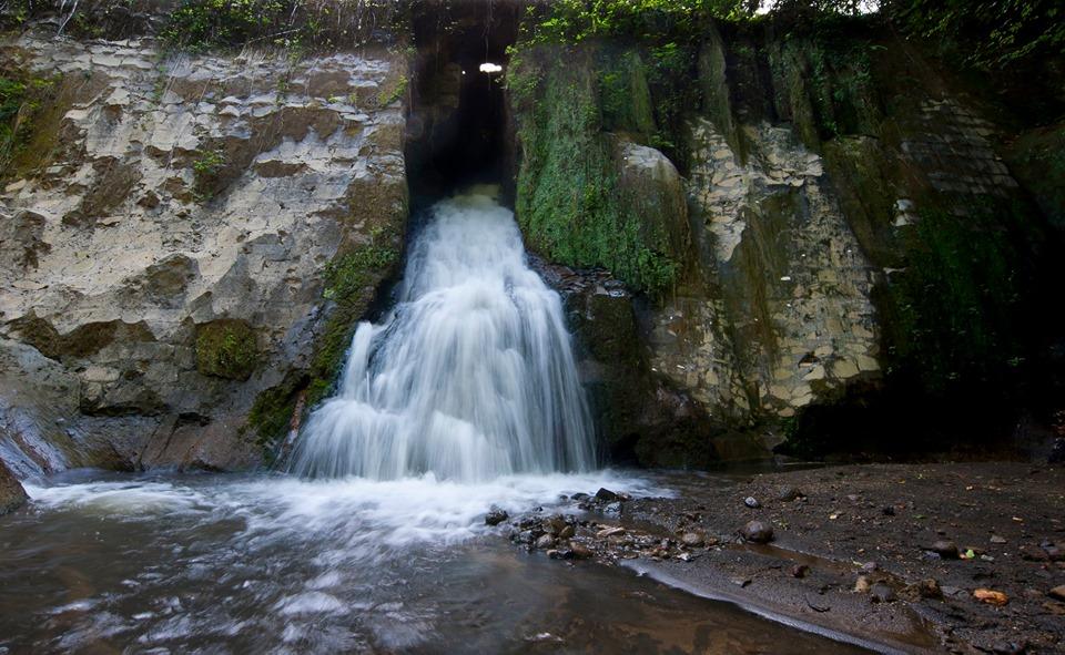La cascata della mola di mezzo nella quarta fase - come cambiano le cascate - foto di Federico Vinci