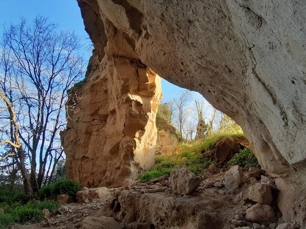 luoghi segreti e coronavirus - le cave roma di Rocca Colonna - Castelnuovo di Porto (e non i grandi parchi degli USA).