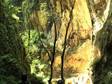 fantasticando i luoghi segreti - nel Fosso del Peccato (Calcata)